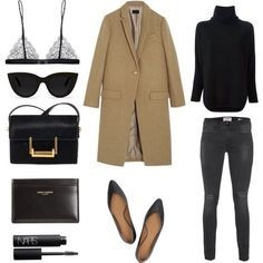Mission Monochrome: All-Black Outfit (11)