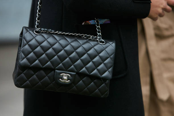 vintage-chanel-bags